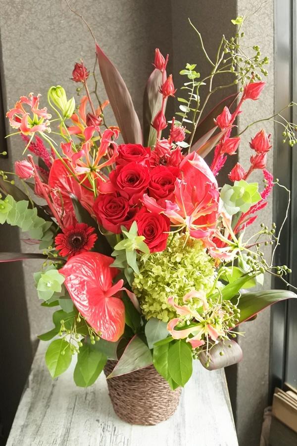 アンスリューム,開店のお祝い,お店のオープン,周年記念、ラウンドブーケ,夏の花,ひまわり,日持ちする花,お誕生日プレゼント,送別会の花,大阪市配達,贈り物,夏っぽい花