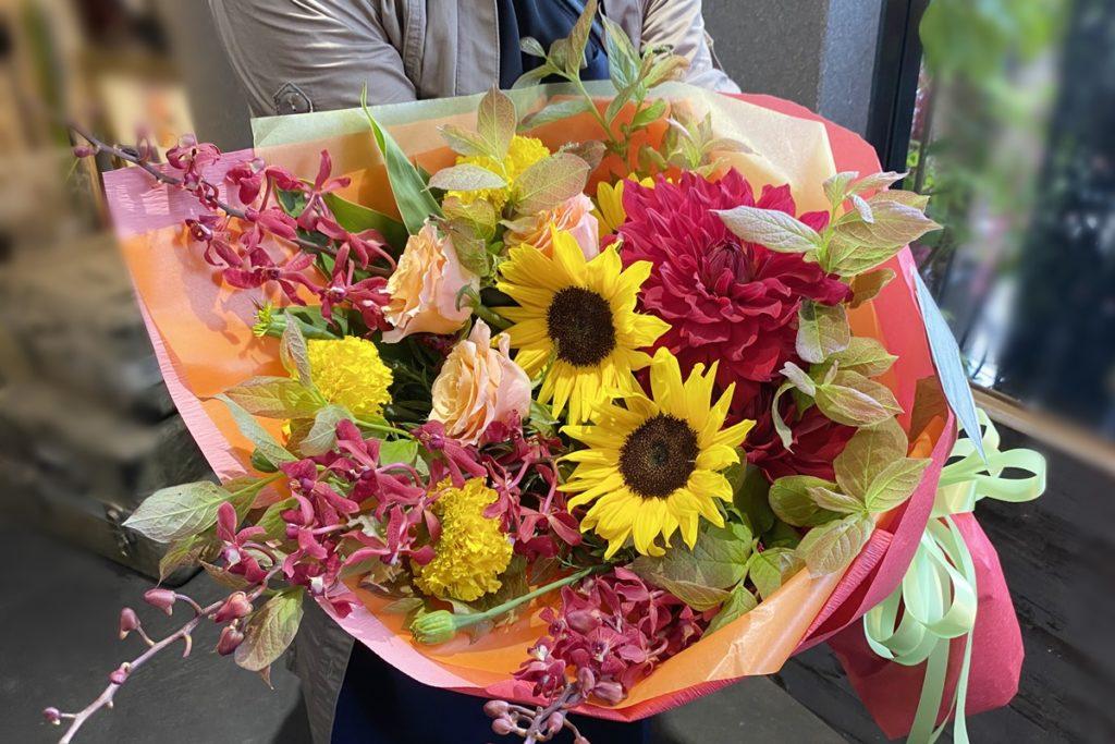送別会,ロングブーケ,男性用花束,ひまわりの花束,ボリュームがある花束,夏らしい花,歓送迎用,大阪市配達
