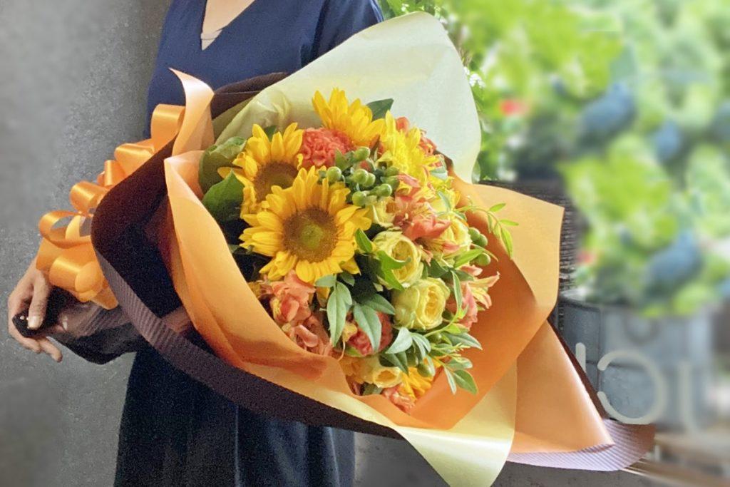 ひまわり,黄色いバラ,贈呈用花束,ロングブーケ,上司退職,プレゼント,送別会のお花,ボリュームの花束