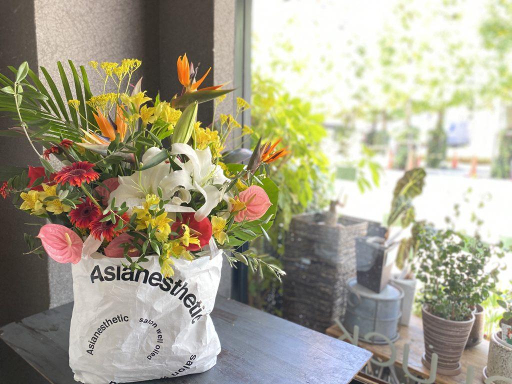 フラワーブランディング,トロピカルな花,ストレリチア,アンスリューム,アレカヤシ