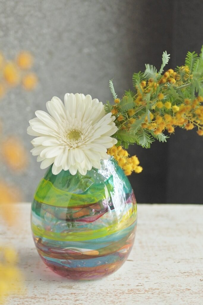 ハンドメイド,ガラス花器,一輪挿し,プレゼント,おしゃれな花瓶,mikke,大阪市,花屋,一輪でも,大阪市西区花屋,配達,プレゼント,お誕生日