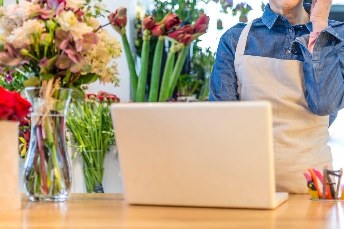 お花屋さんオンライン化のお手伝い